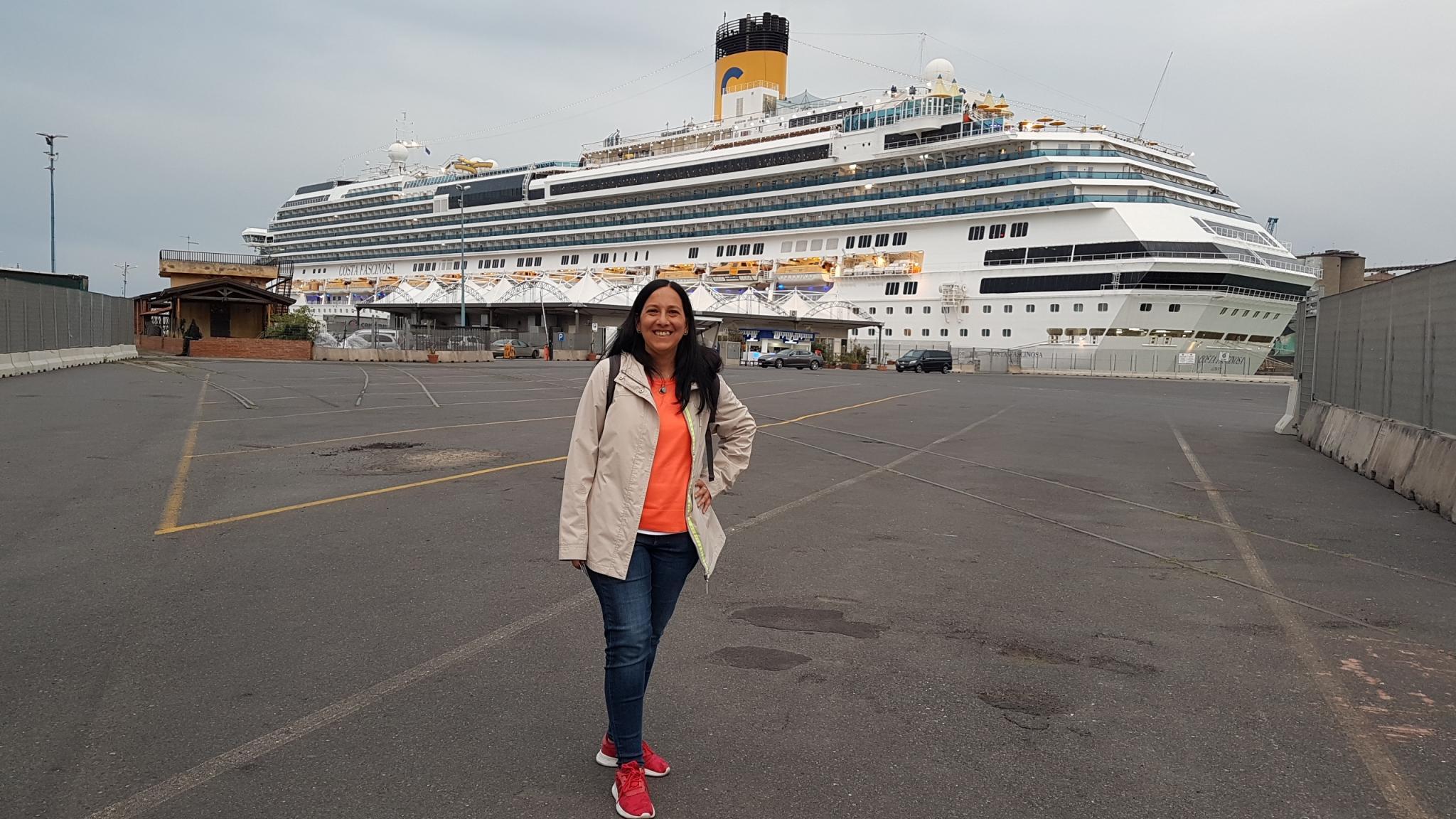 105c0c8fb Un año mas tuve la hermosa oportunidad de realizar el viaje transatlántico  que marca el fin de la temporada de cruceros en Argentina de la naviera  italiana ...